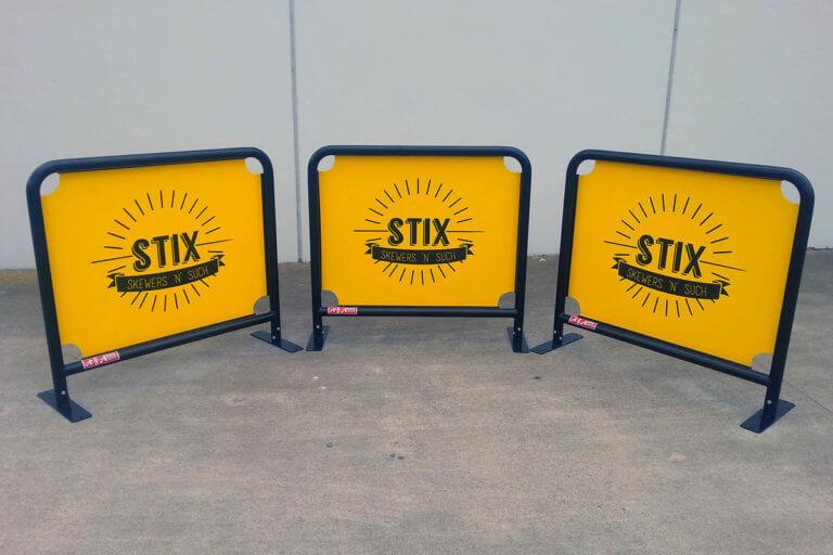 Cafe Barrier - Stix
