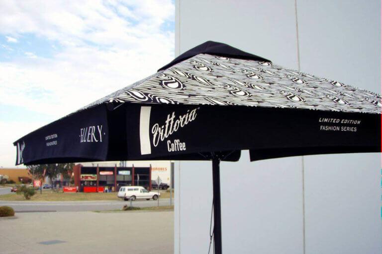 Cafe Pro Plus Umbrella - Vittoria Classic